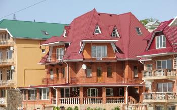 Фасад гостевого дома «КАРМЕЛЕНА»